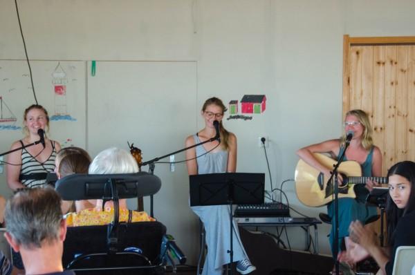 2017-07-26-musikcafethreesisters-0010