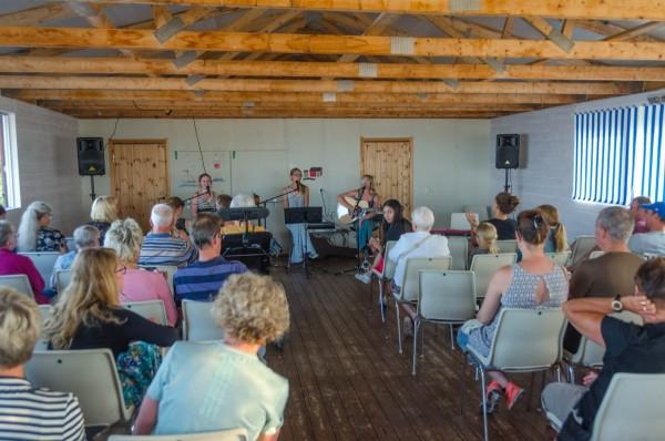 2017-07-26-musikcafethreesisters-0011